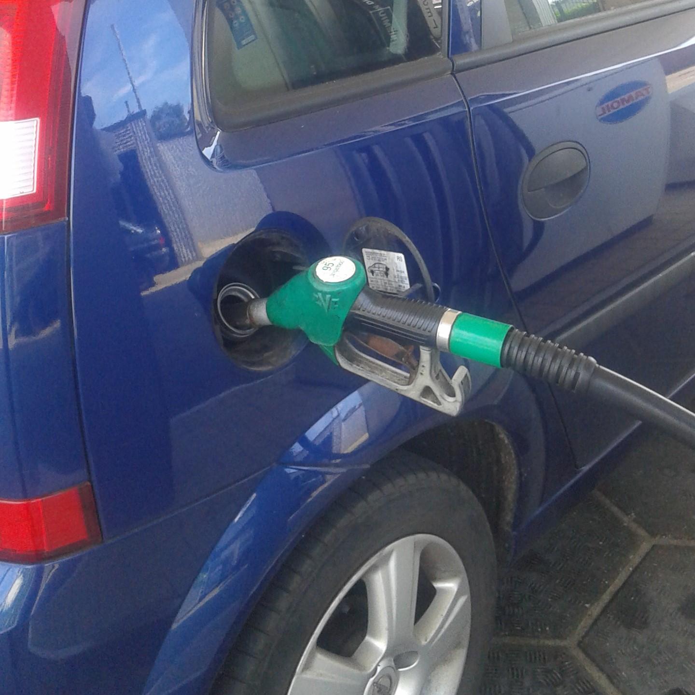 Veel benzinebonnetjes? Gebruik een tankpas!